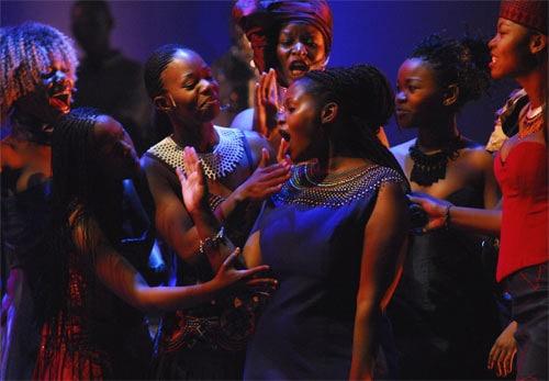 Afrikaanse dames zingen