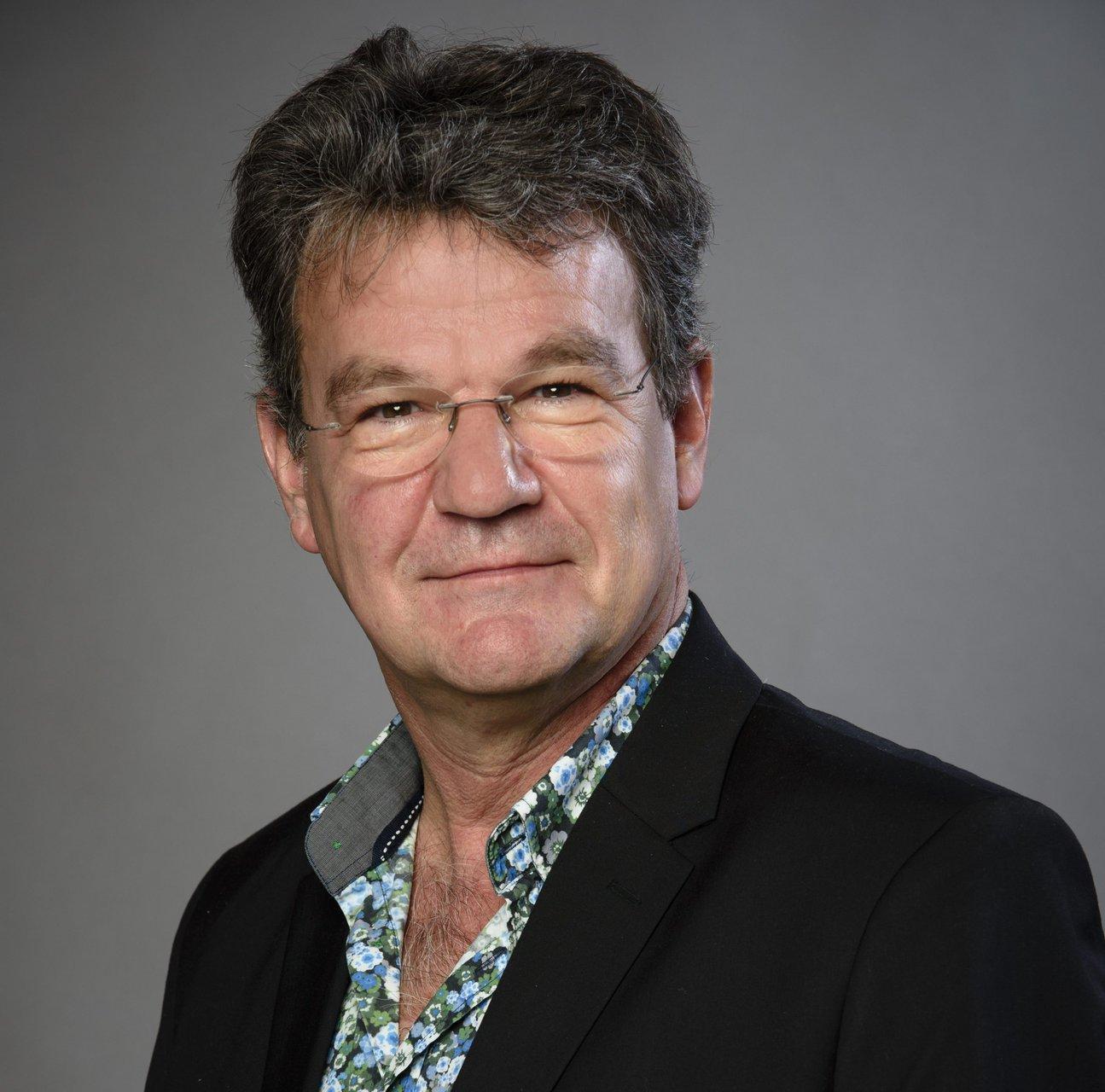 Portret van Coen van der Hoeven